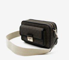 Tmavě hnědá vzorovaná kabelka Michael Kors Md Pocket Camera Xbody